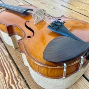 violon Mirecourt mentonnière